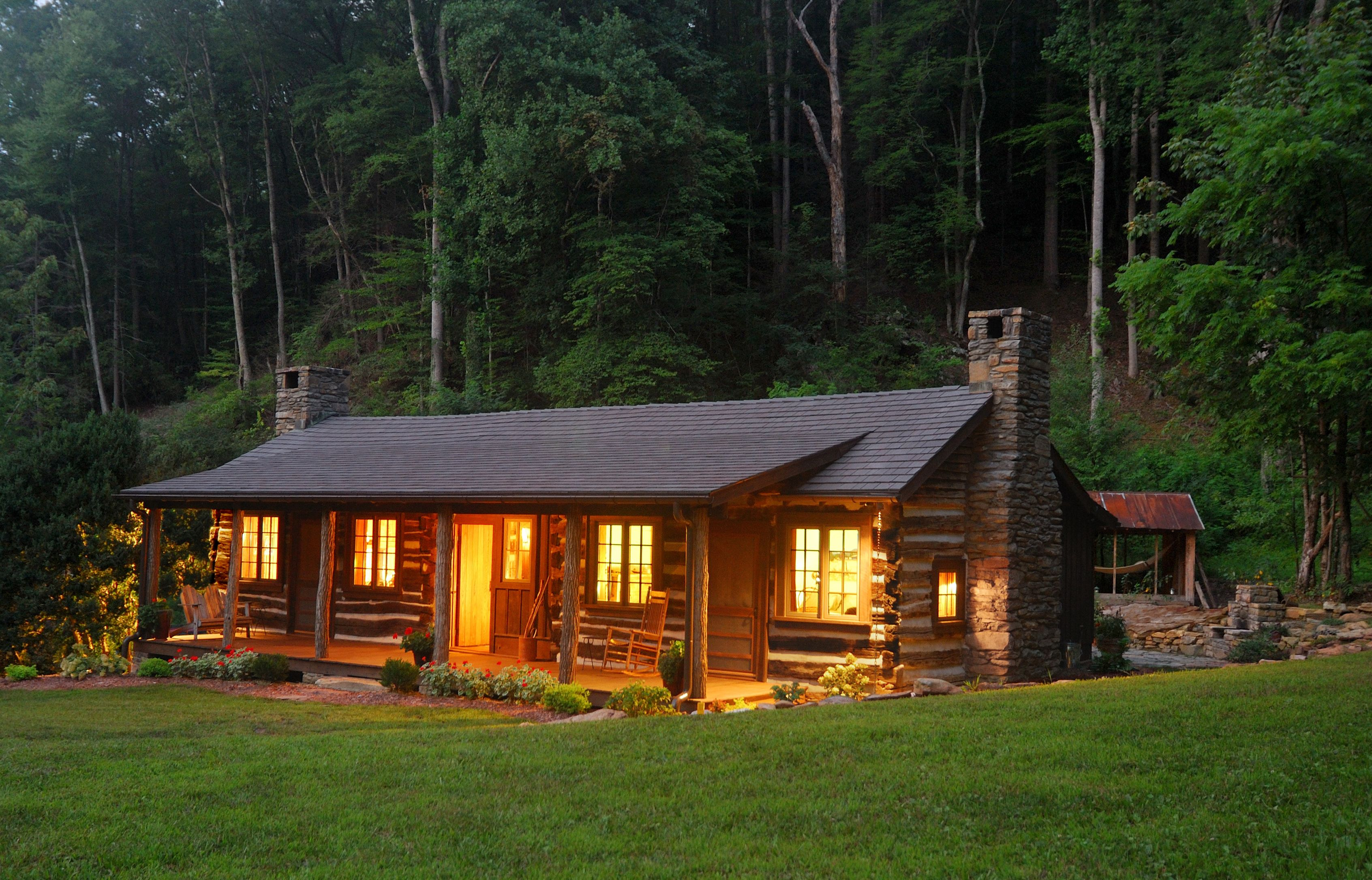A cabin in the woods green renovation meets historical for Building a small cabin in the woods
