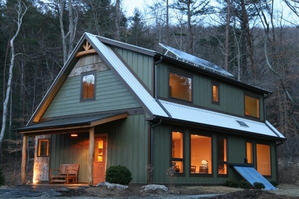 Picture of a passive solar design, the Springtime Cottage at Haw Creek
