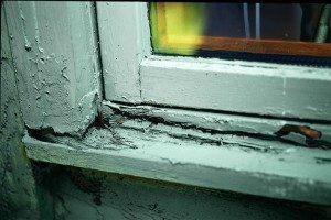 Picture of a rotted window frame and sill